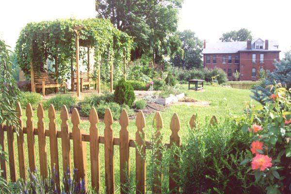Land Trust | Lafayette Square Community Garden