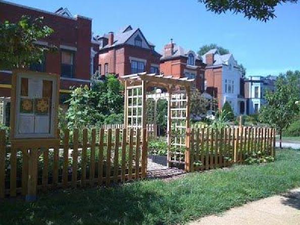 Boyle-Laclede Garden