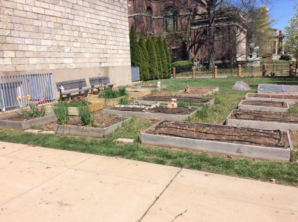 Greenleaf Garden on Holy Ground 02