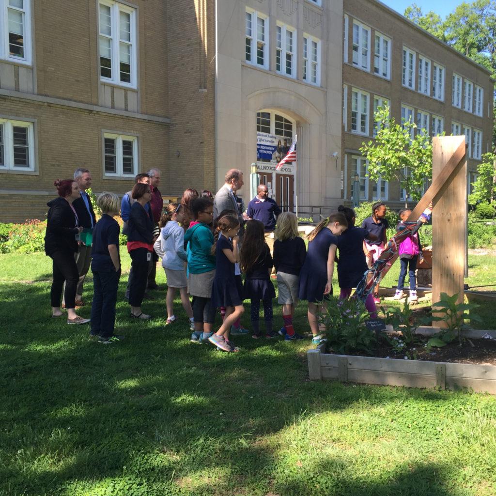 Mallinckrodt School Garden 04